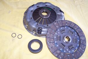 clutch kit disc pressure plate release bearing and seals included. Black Bedroom Furniture Sets. Home Design Ideas
