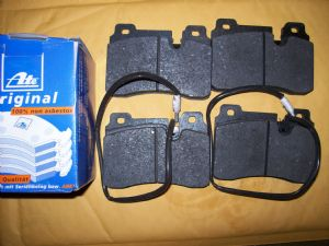 Rear Brake Pads with teves calipers-70000599