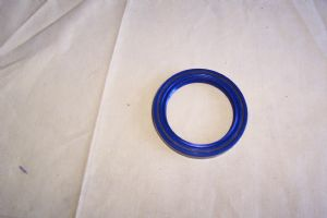 Rear Hub Oil Seal-95850313